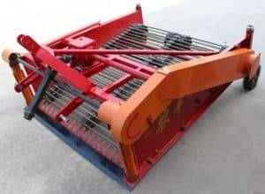 Automatic-Peanut-Groundnut-Harvester-Machine-for-Sale
