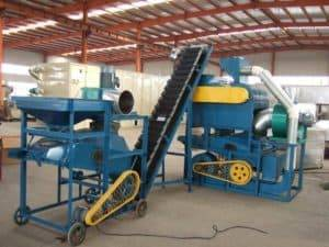 Full-Automatic-Peanut-Shelling-and-Cleaning-Machine