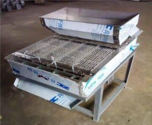 Bigger-Size-Peanut-Dry-Type-Peeling-Machine-for-Sale